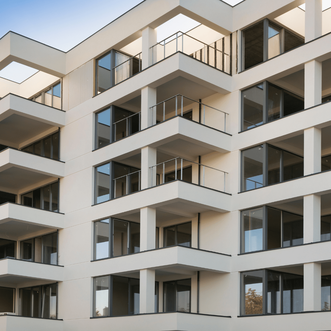 pros and cons of buying a flat in the UK